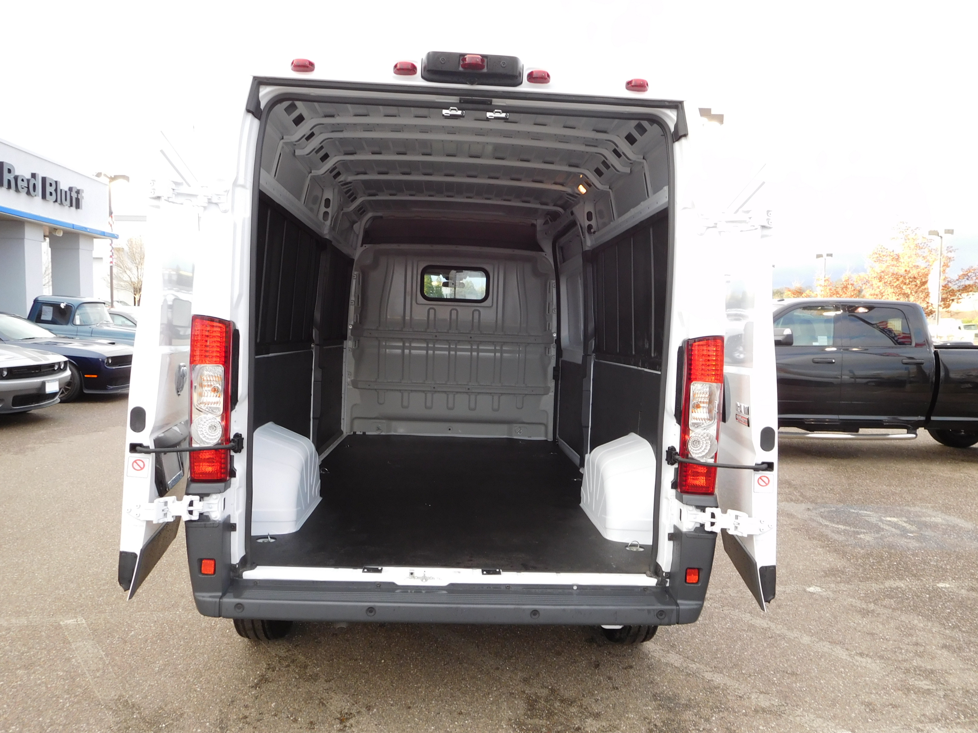 2017 ProMaster 2500 High Roof, Cargo Van #14184 - photo 2