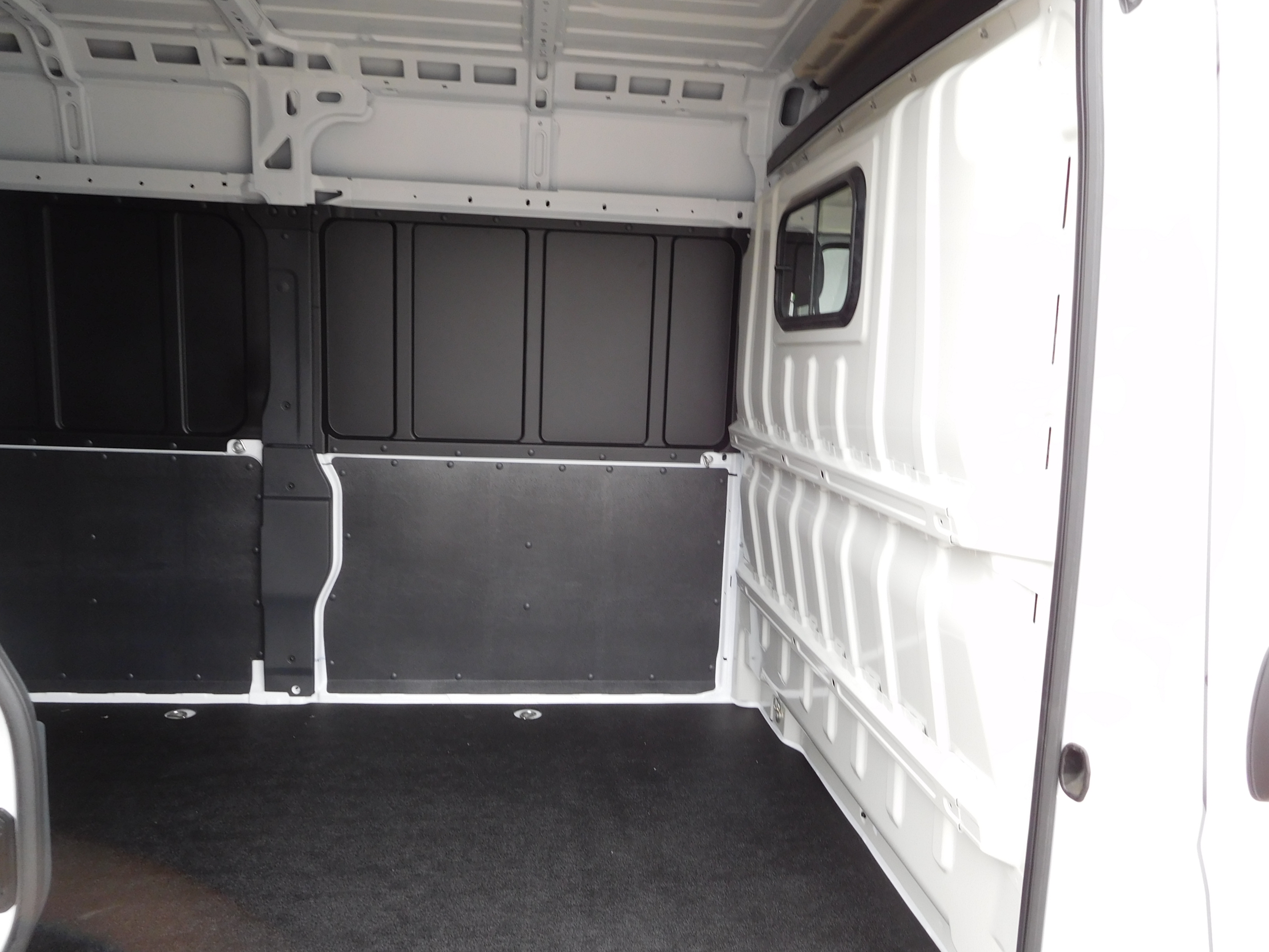 2017 ProMaster 2500 High Roof, Cargo Van #14190 - photo 12