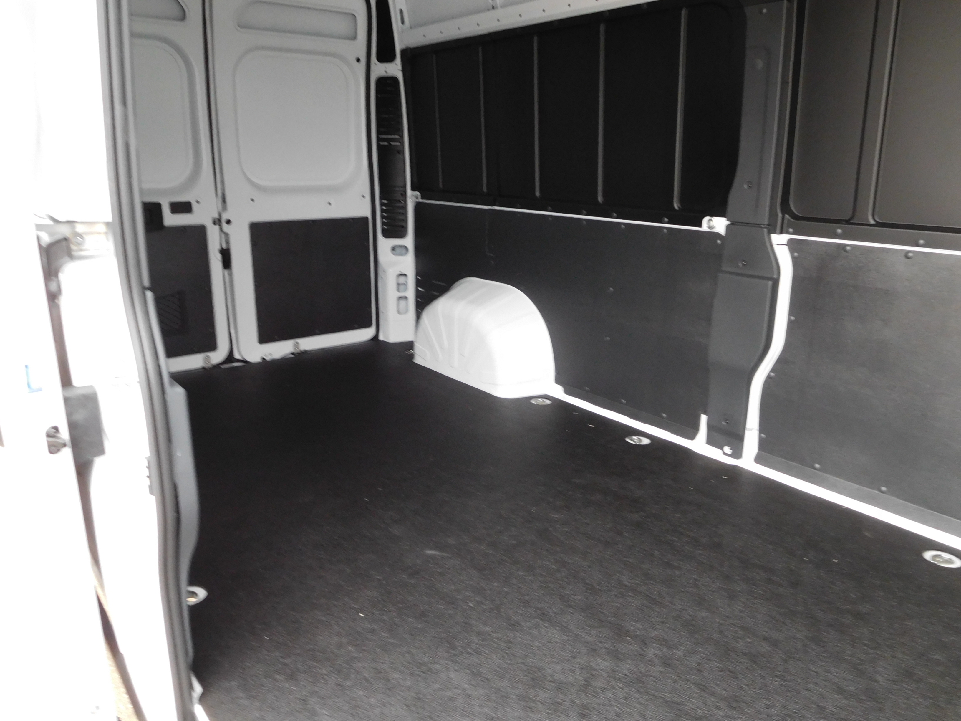 2017 ProMaster 2500 High Roof, Cargo Van #14190 - photo 13