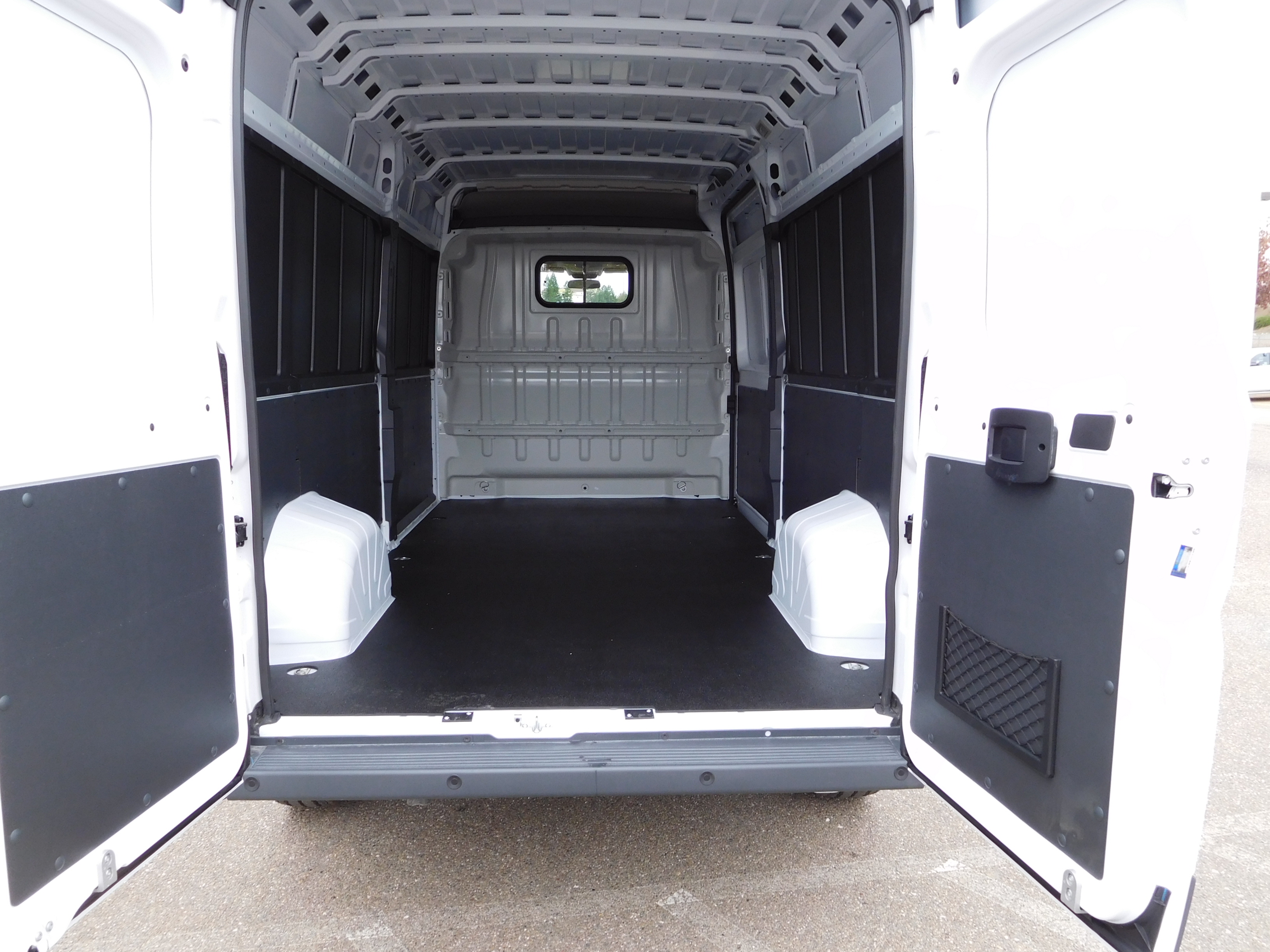 2017 ProMaster 2500 High Roof, Cargo Van #14190 - photo 2