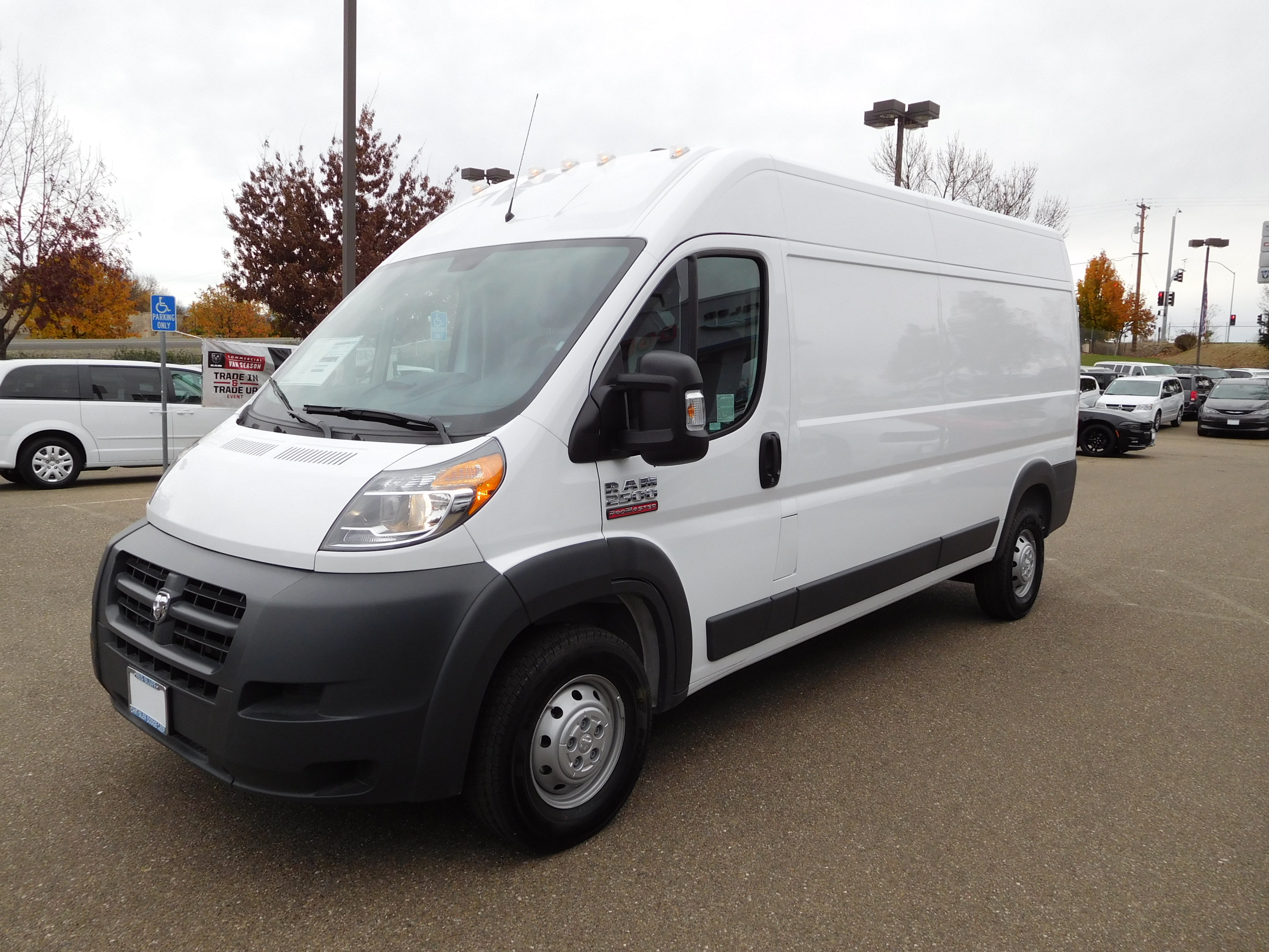 2017 ProMaster 2500 High Roof, Cargo Van #14190 - photo 6