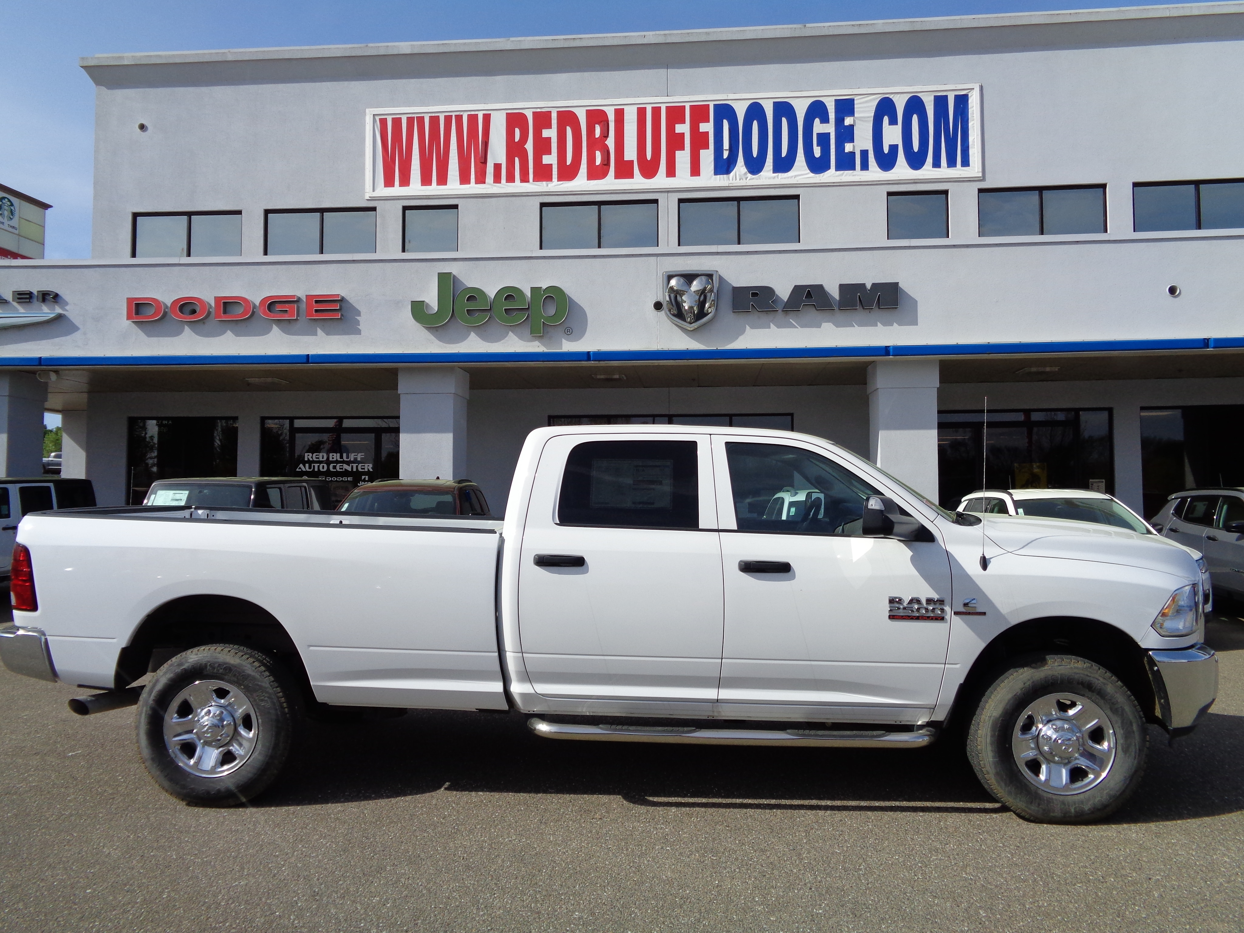 2017 Ram 2500 Crew Cab 4x4, Pickup #14282 - photo 3