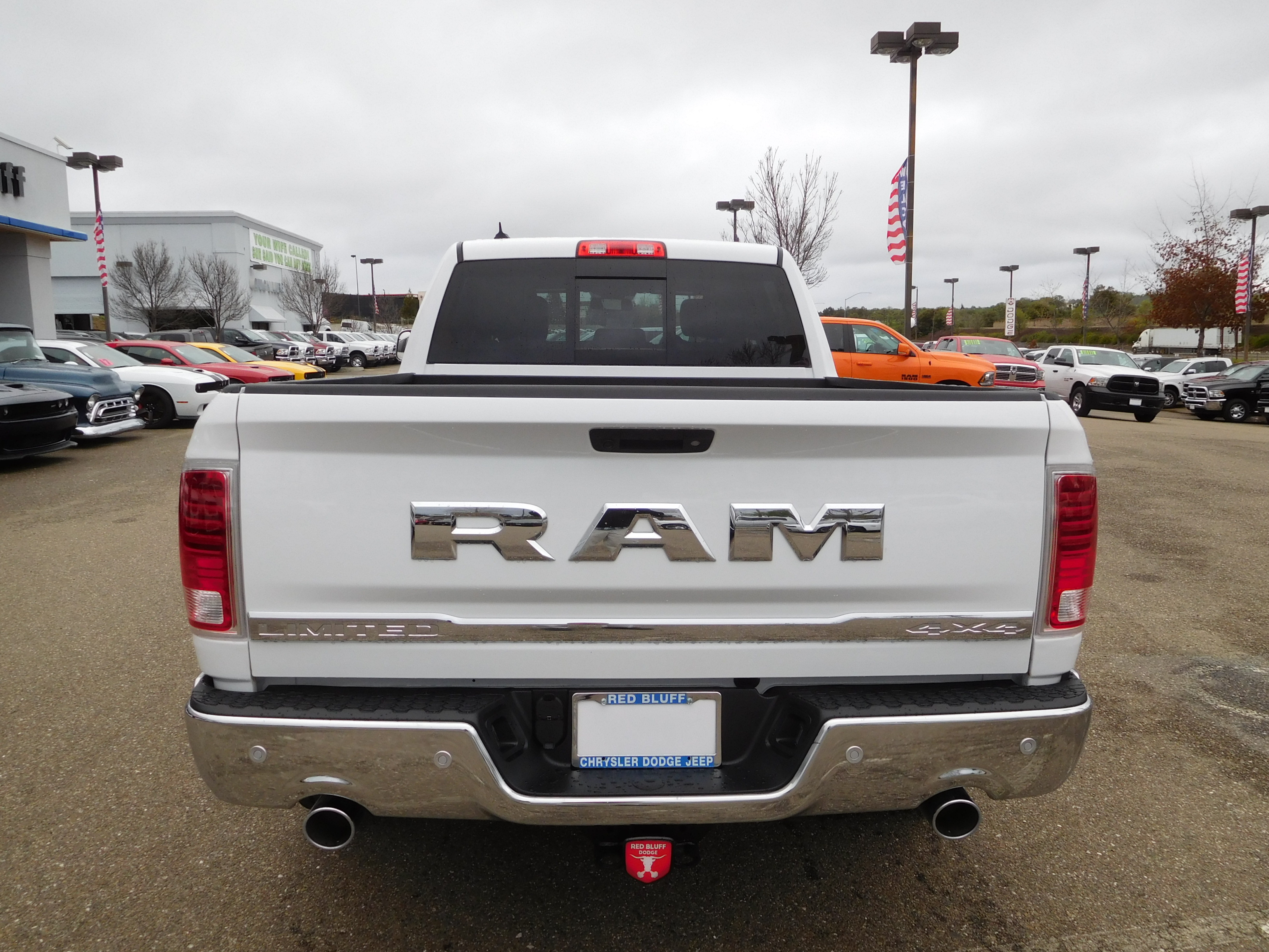 2017 Ram 1500 Crew Cab 4x4, Pickup #14614 - photo 8
