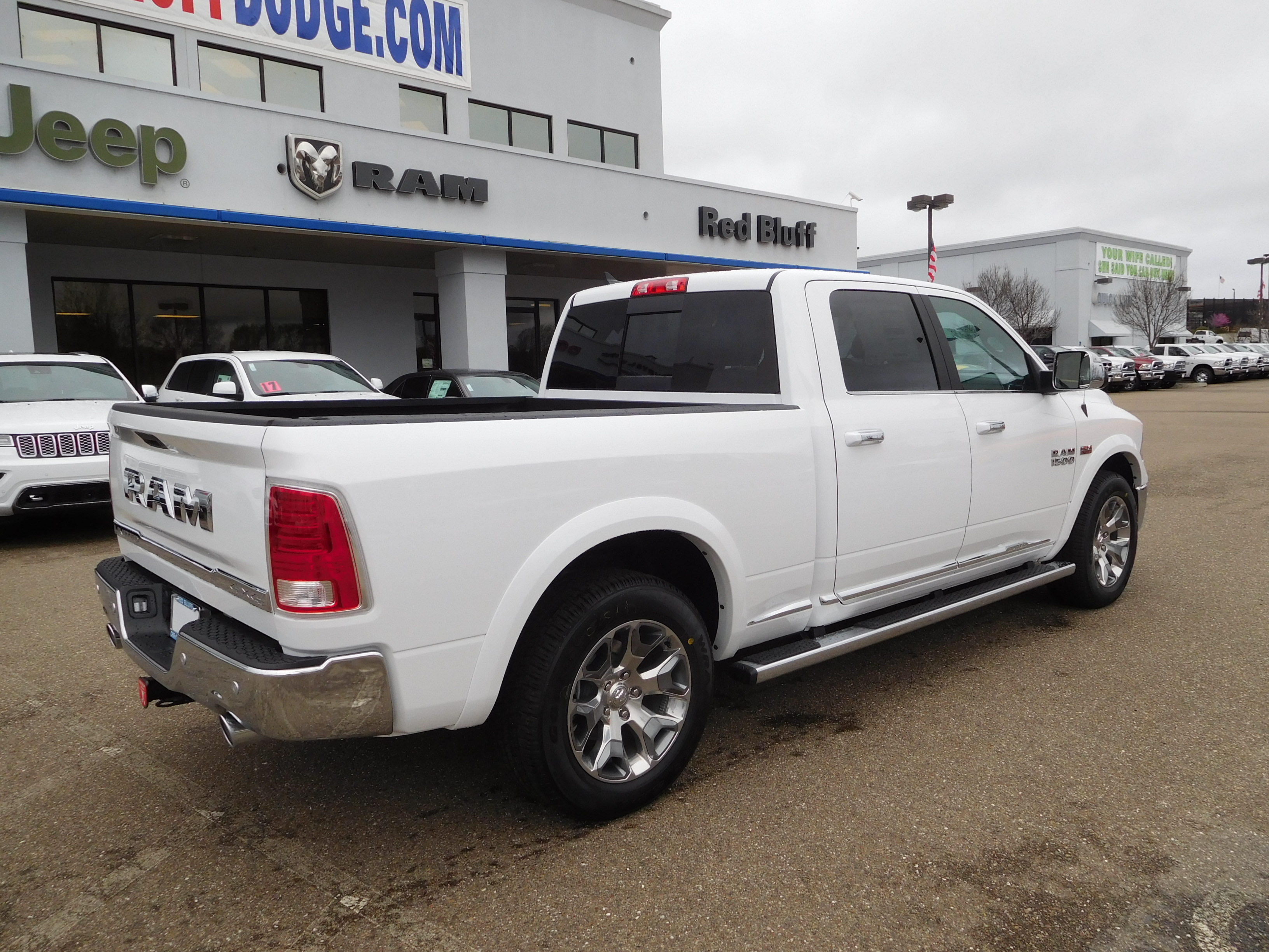 2017 Ram 1500 Crew Cab 4x4, Pickup #14614 - photo 2