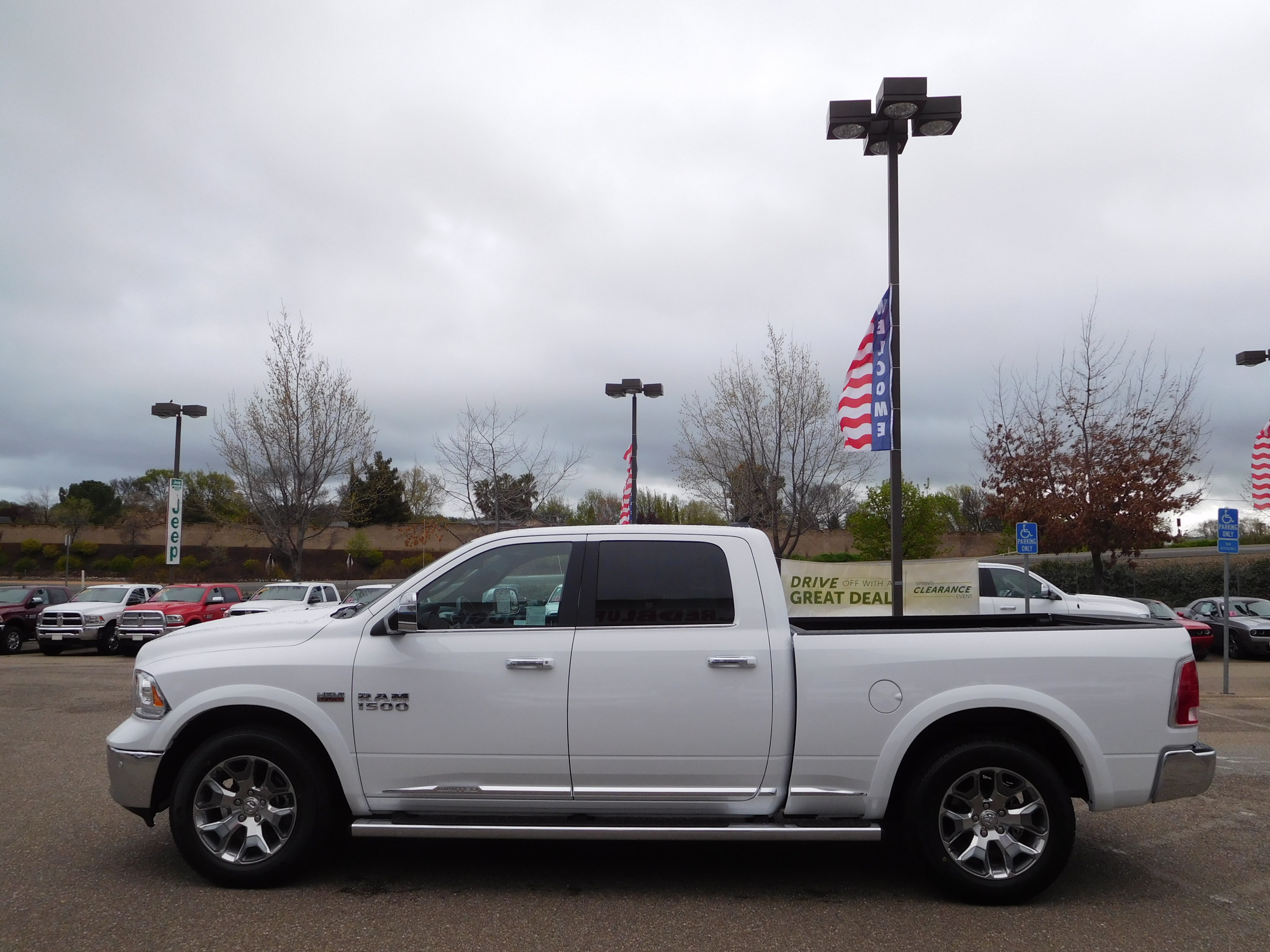 2017 Ram 1500 Crew Cab 4x4, Pickup #14614 - photo 6
