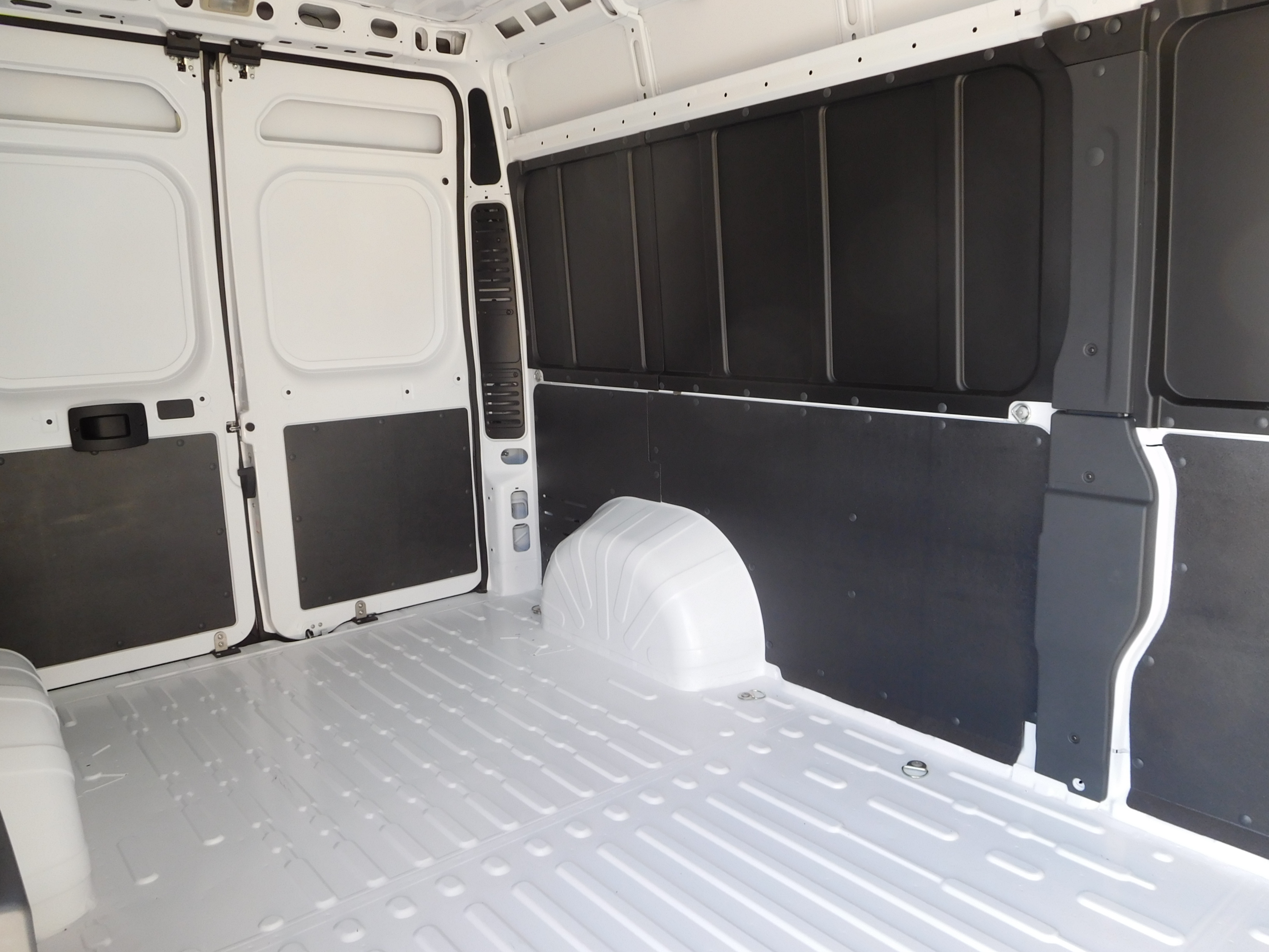 2017 ProMaster 2500 High Roof, Cargo Van #14652 - photo 14