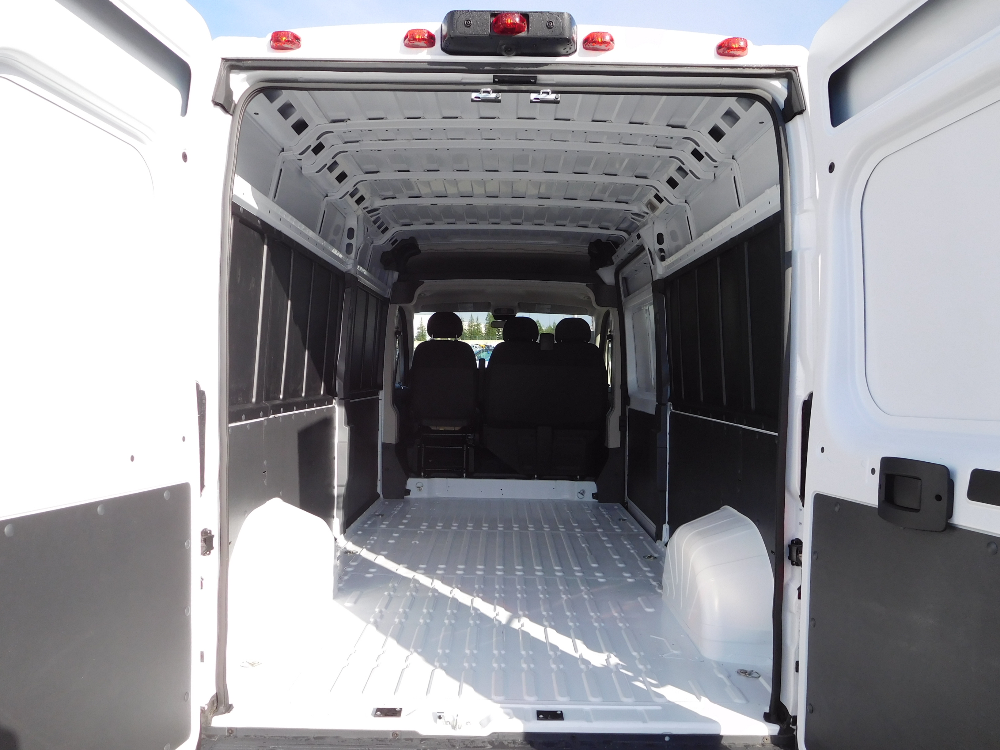 2017 ProMaster 2500 High Roof, Cargo Van #14652 - photo 2