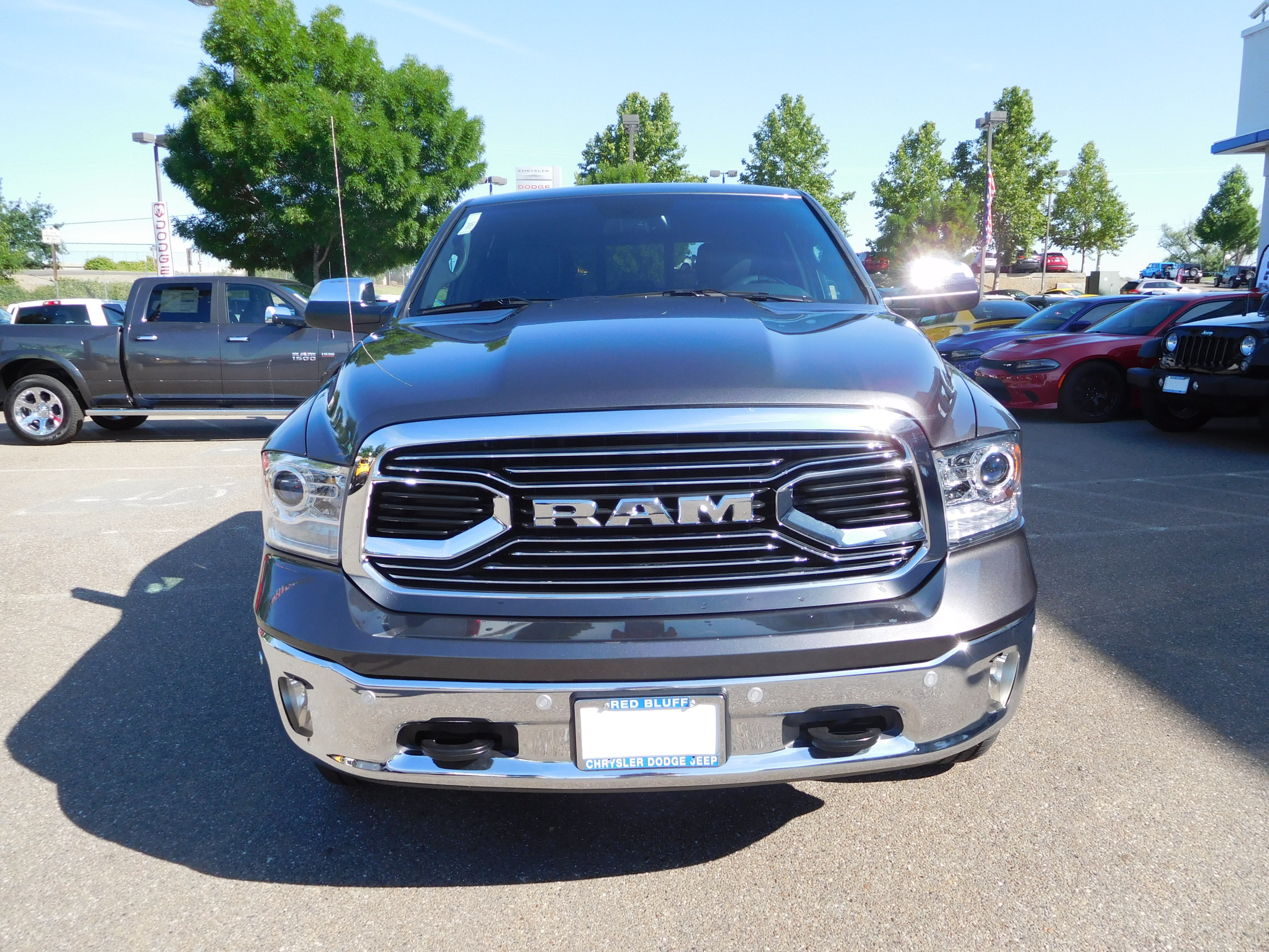 2017 Ram 1500 Crew Cab 4x4, Pickup #14947 - photo 4