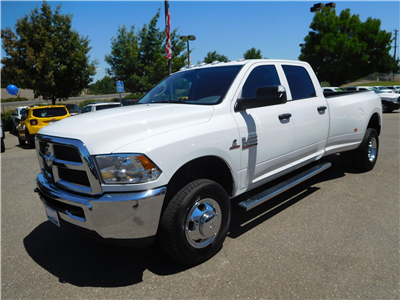 2017 Ram 3500 Crew Cab DRW 4x4 Pickup #14961 - photo 5