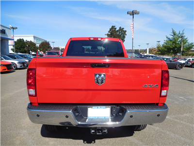 2018 Ram 2500 Crew Cab 4x4 Pickup #15240 - photo 8