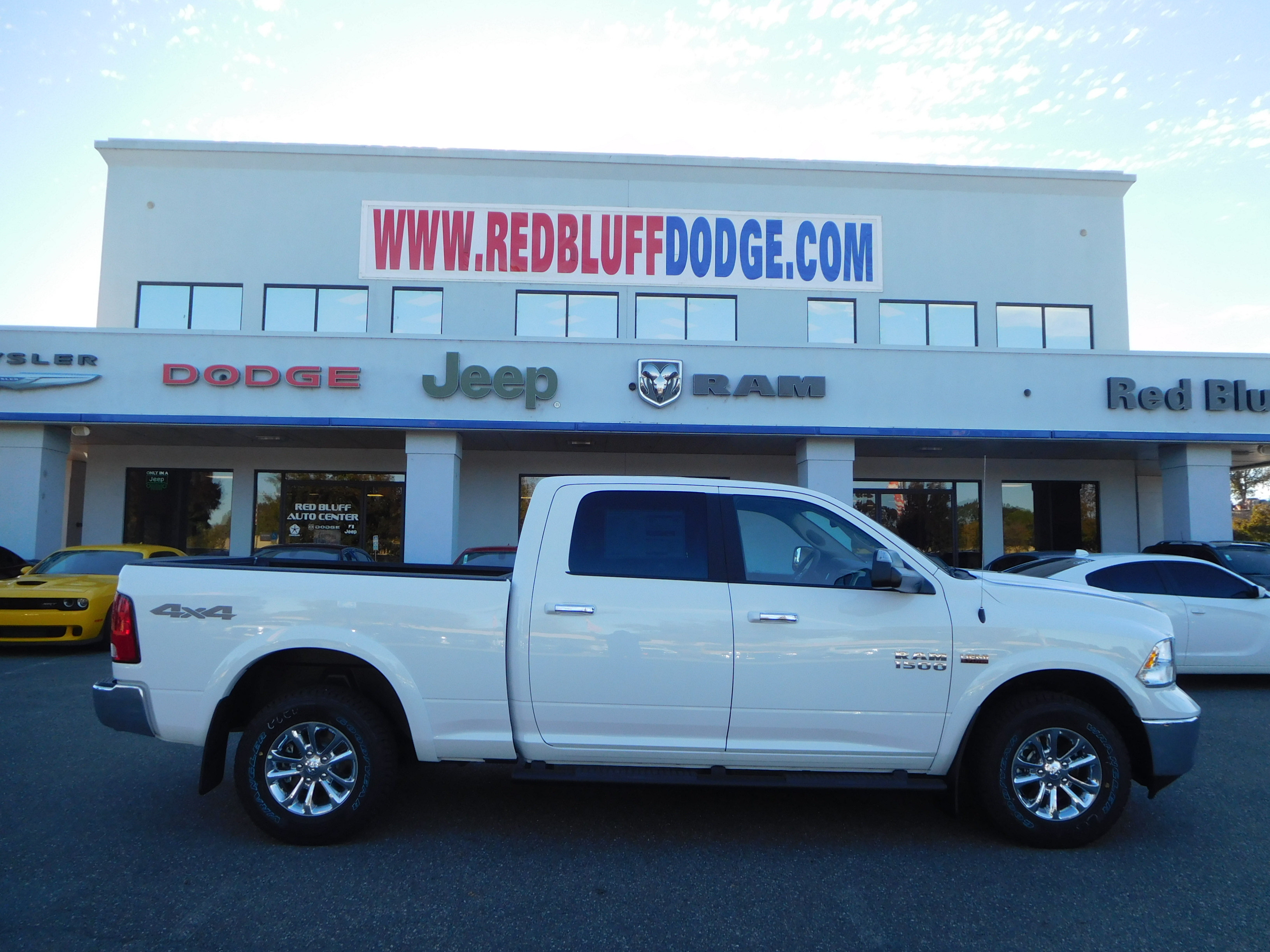 2018 Ram 1500 Crew Cab 4x4 Pickup #15352 - photo 2