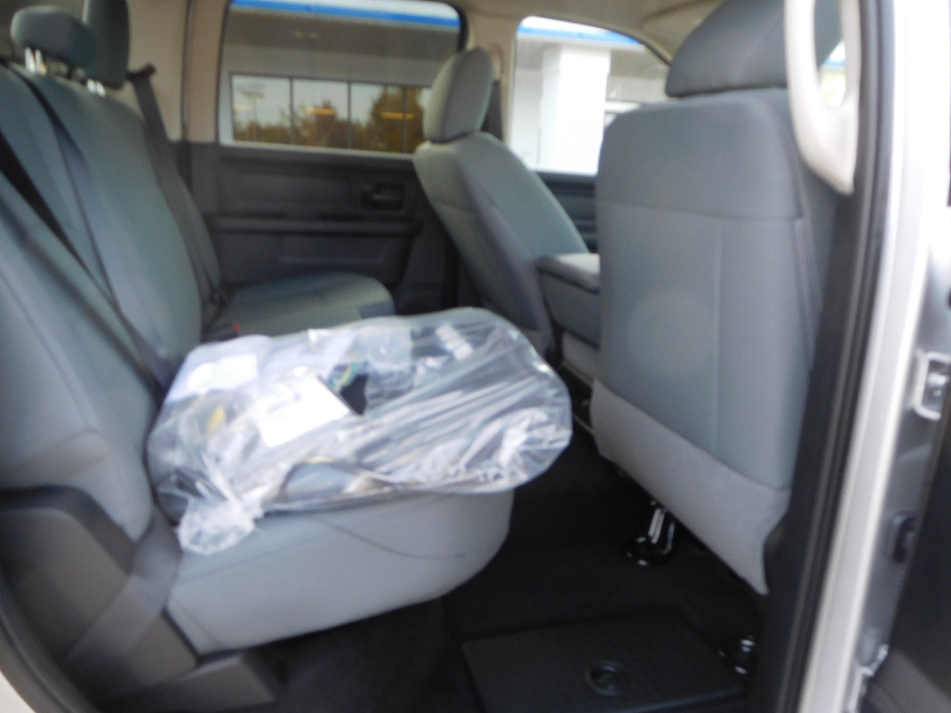 2018 Ram 2500 Crew Cab 4x4, Pickup #15356 - photo 11