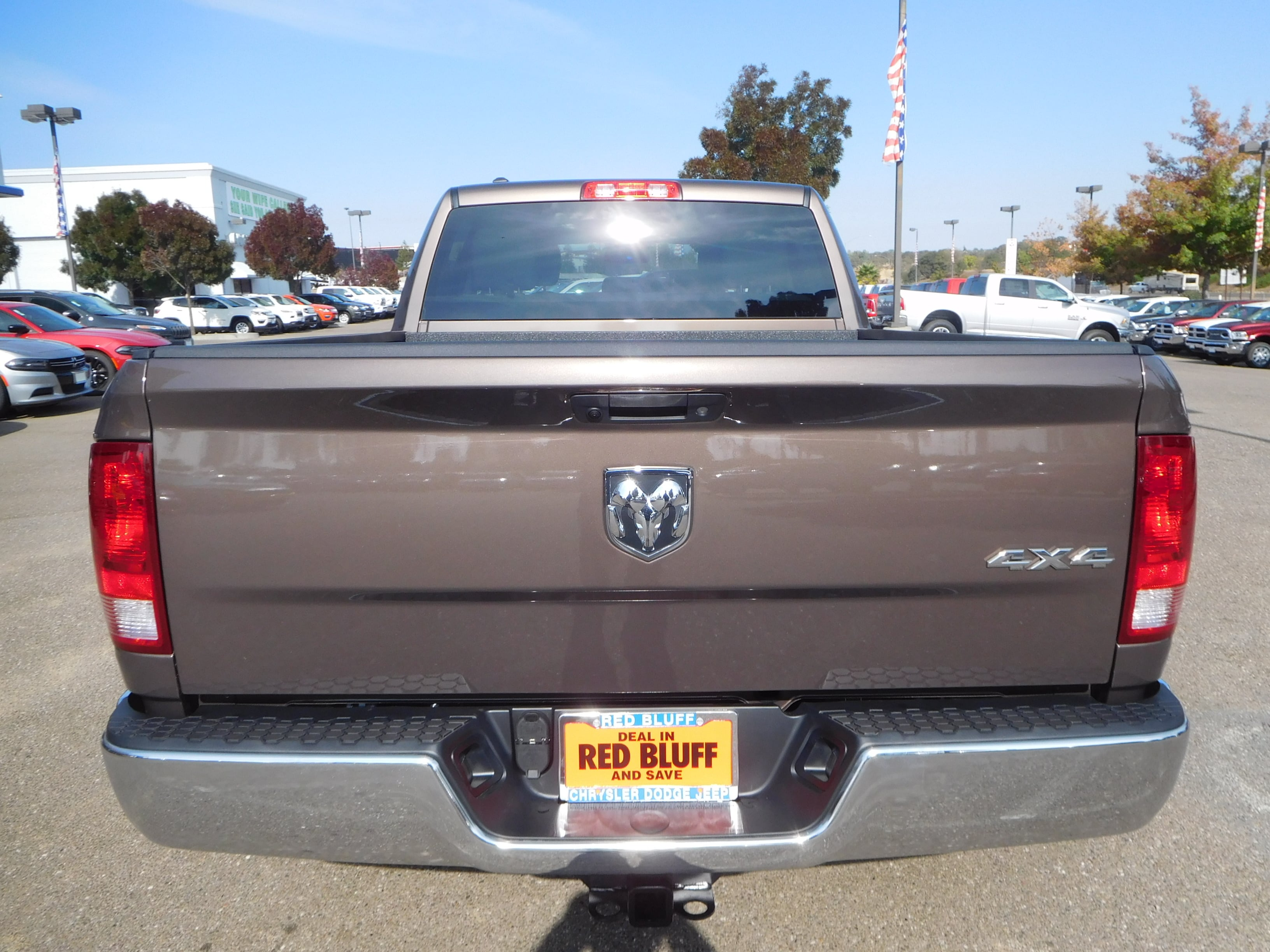 2018 Ram 1500 Crew Cab 4x4 Pickup #15357 - photo 8