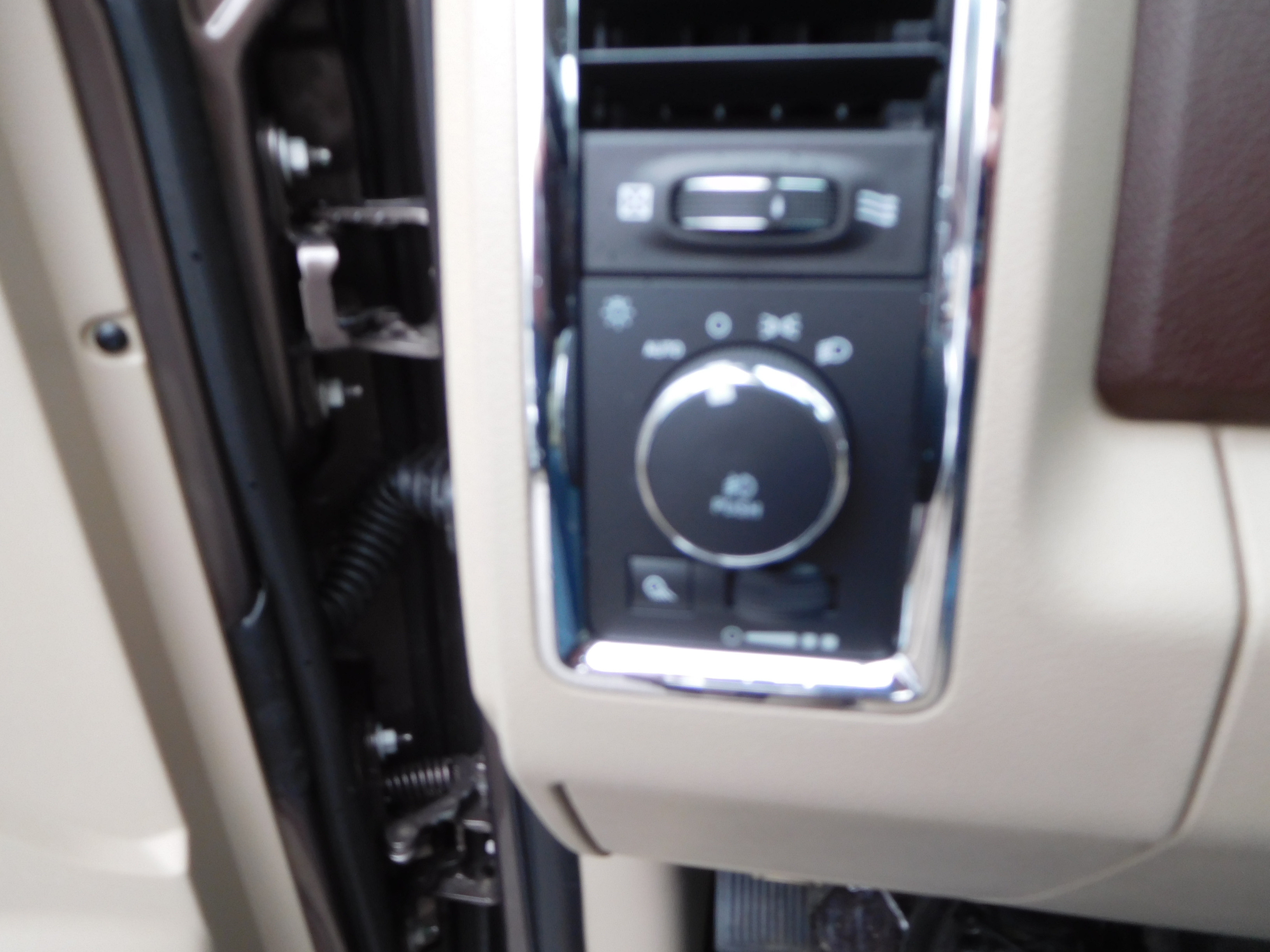 2018 Ram 1500 Crew Cab 4x4,  Pickup #15361 - photo 15