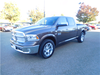 2018 Ram 1500 Crew Cab 4x4, Pickup #15363 - photo 4