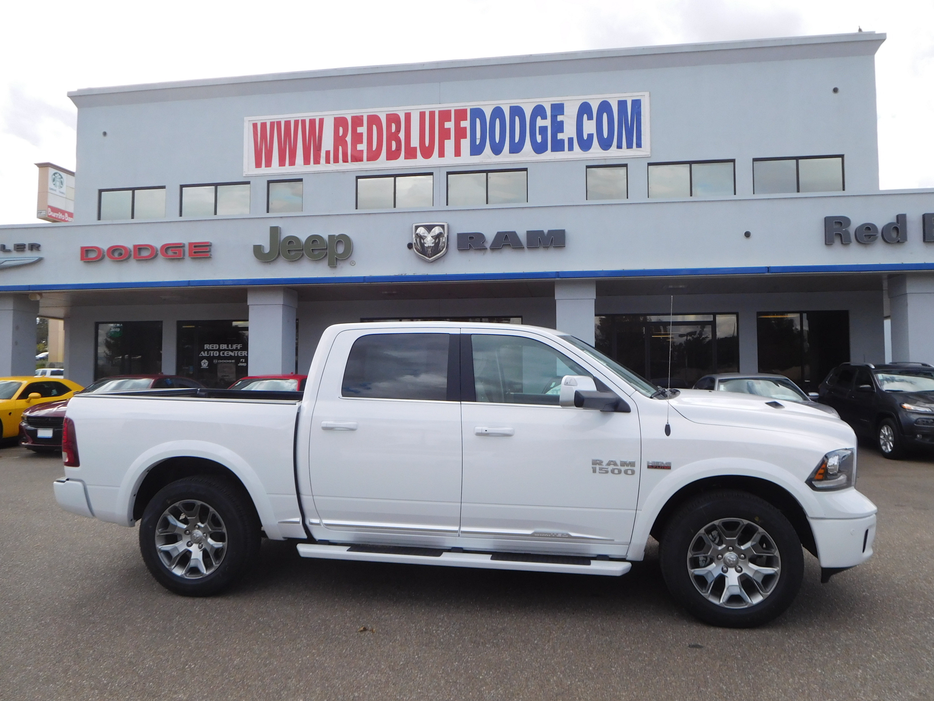 2018 Ram 1500 Crew Cab 4x4, Pickup #15386 - photo 3