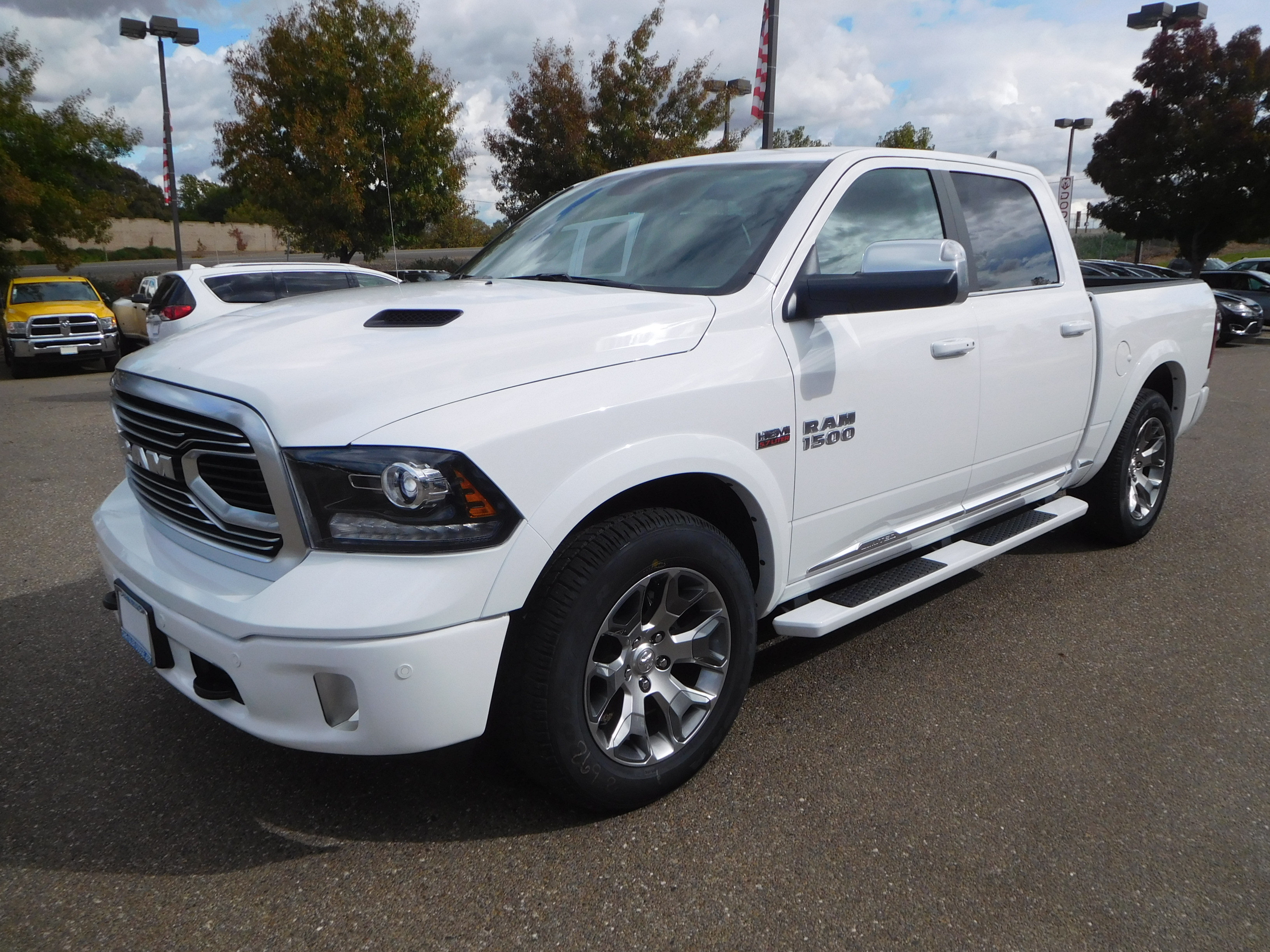 2018 Ram 1500 Crew Cab 4x4, Pickup #15386 - photo 5