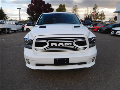 2018 Ram 1500 Crew Cab 4x4, Pickup #15419 - photo 4
