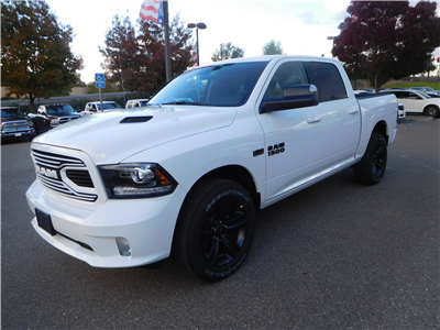 2018 Ram 1500 Crew Cab 4x4, Pickup #15419 - photo 5