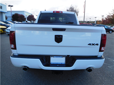 2018 Ram 1500 Crew Cab 4x4, Pickup #15419 - photo 8