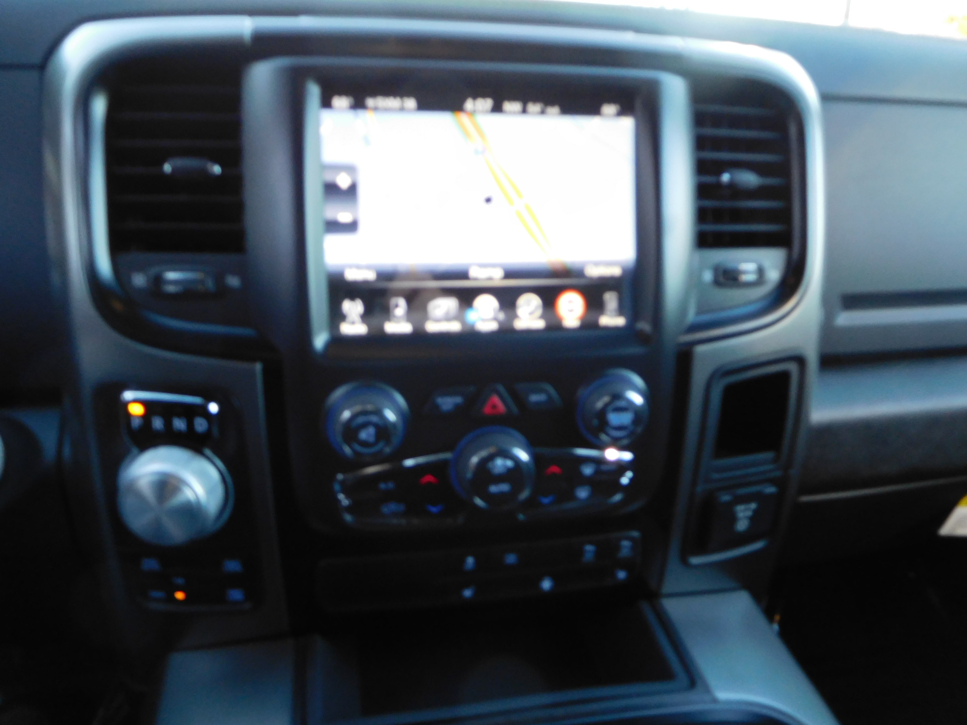 2017 Ram 1500 Crew Cab 4x4, Pickup #15686 - photo 18