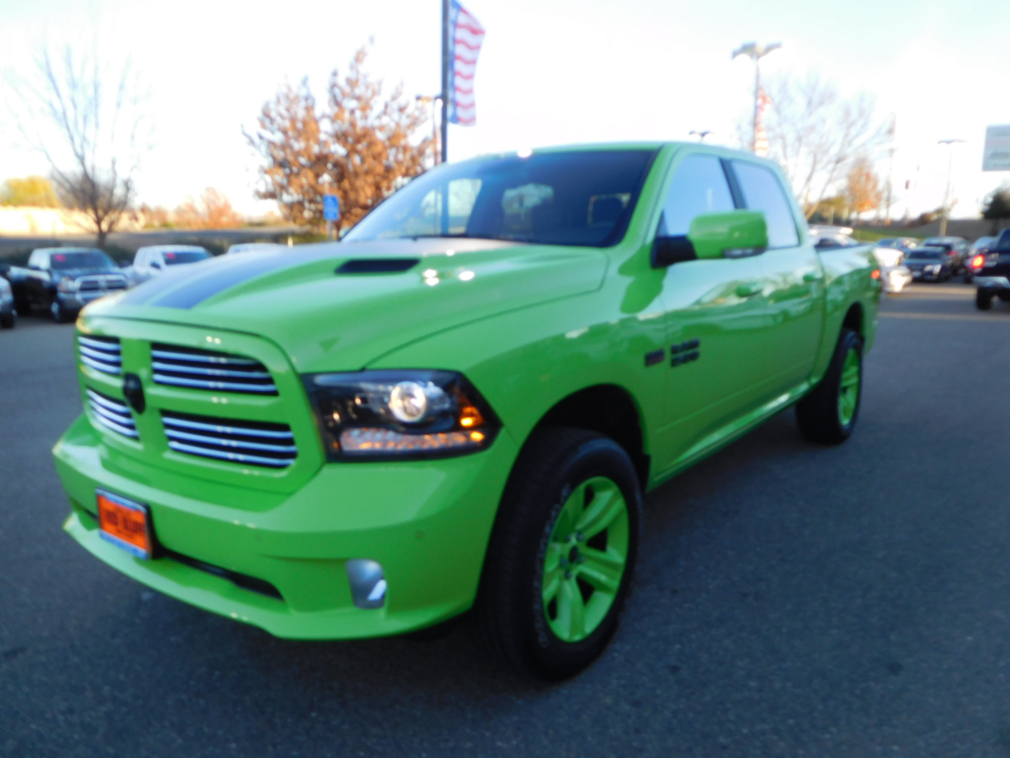 2017 Ram 1500 Crew Cab 4x4, Pickup #15686 - photo 5
