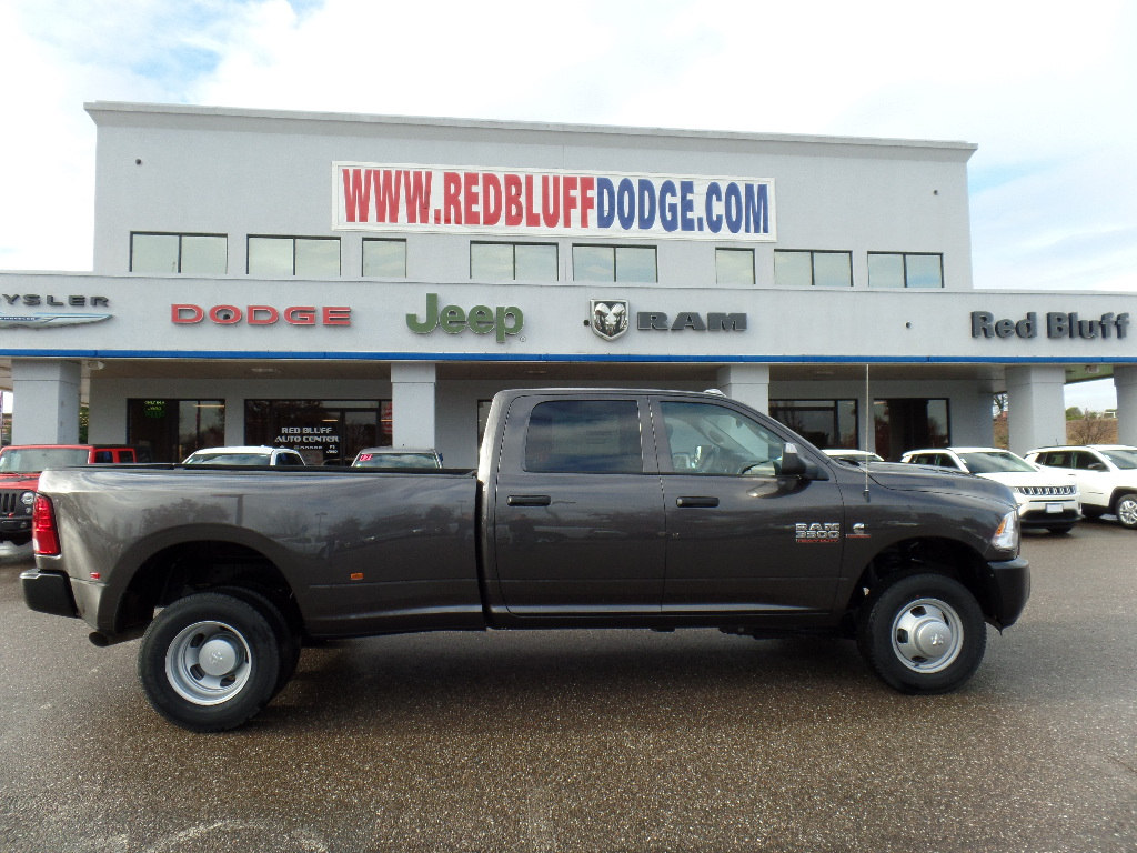 2018 Ram 3500 Crew Cab DRW 4x4,  Pickup #15699 - photo 3