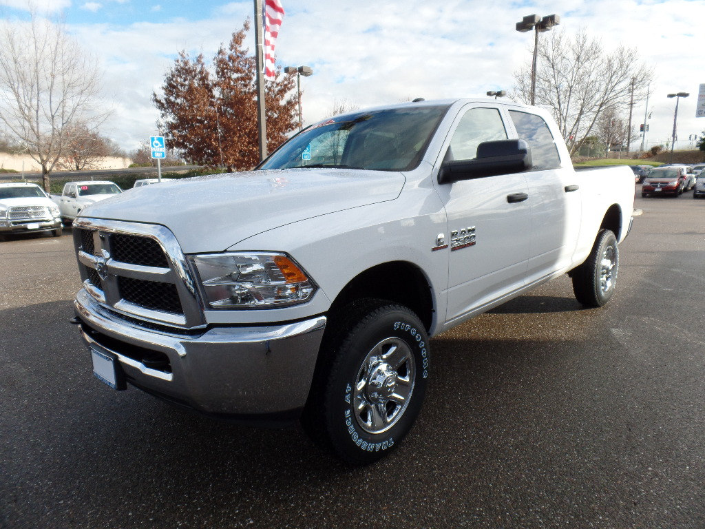 2018 Ram 2500 Crew Cab 4x4,  Pickup #15728 - photo 5