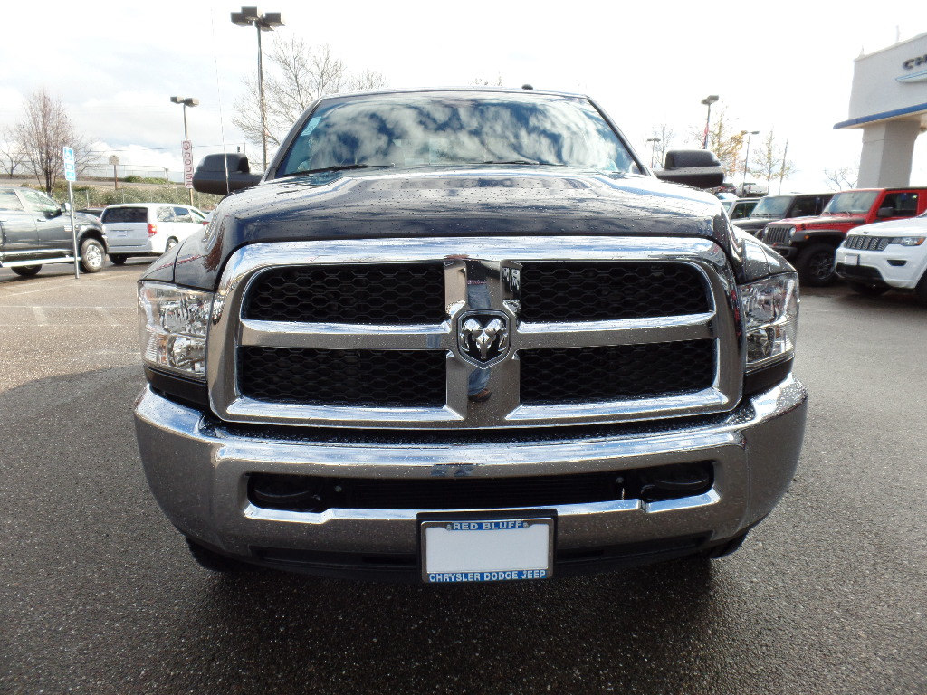 2018 Ram 2500 Crew Cab 4x4,  Pickup #15746 - photo 4