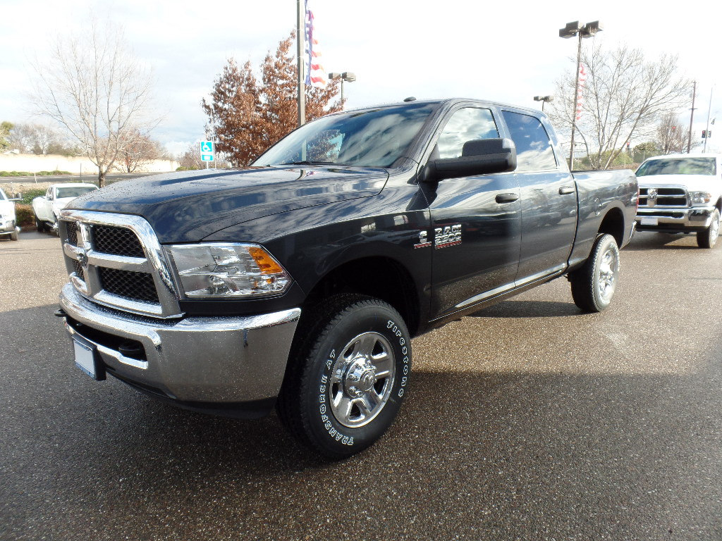 2018 Ram 2500 Crew Cab 4x4,  Pickup #15746 - photo 5