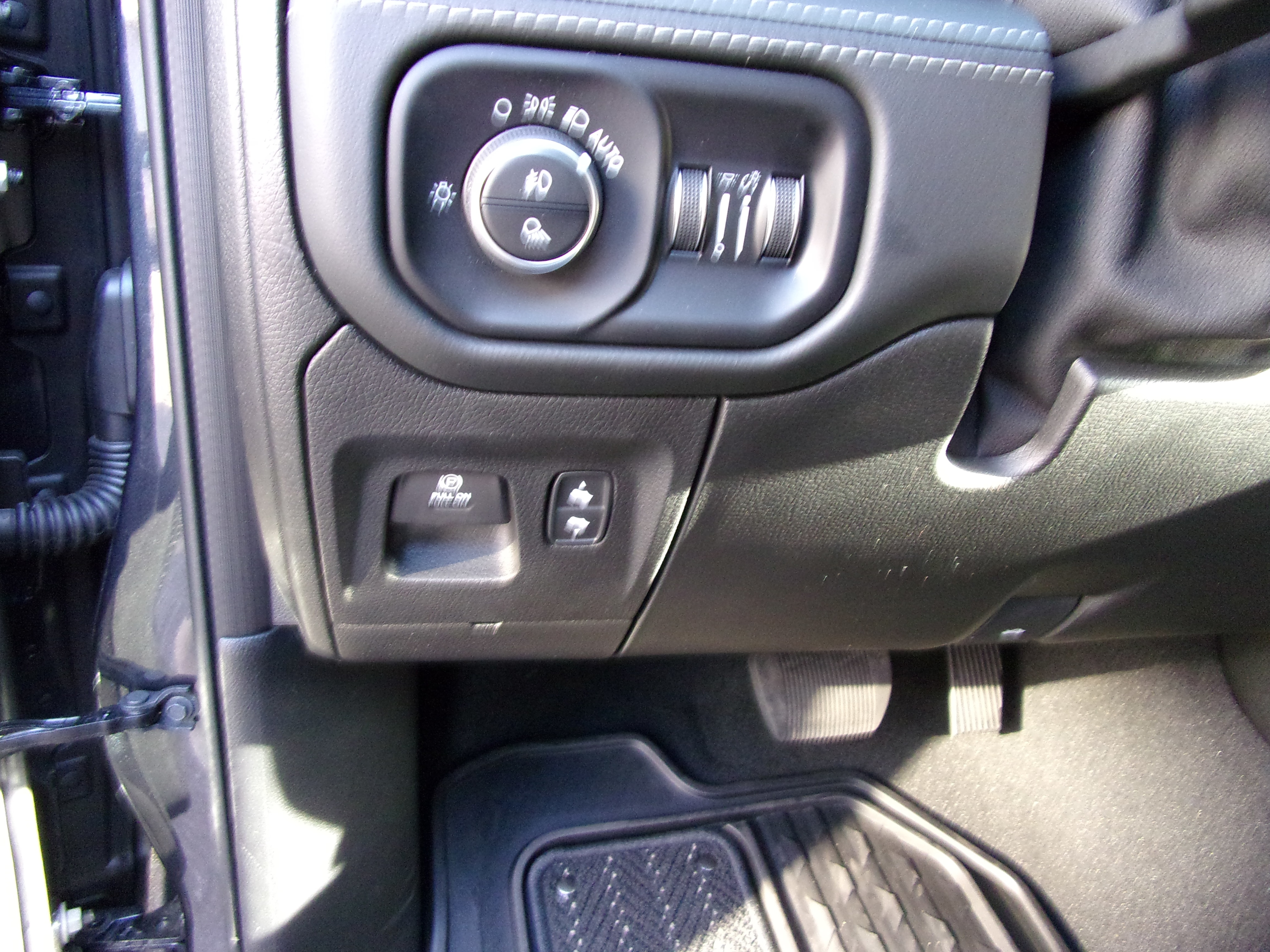 2019 Ram 1500 Crew Cab 4x4,  Pickup #16252 - photo 14