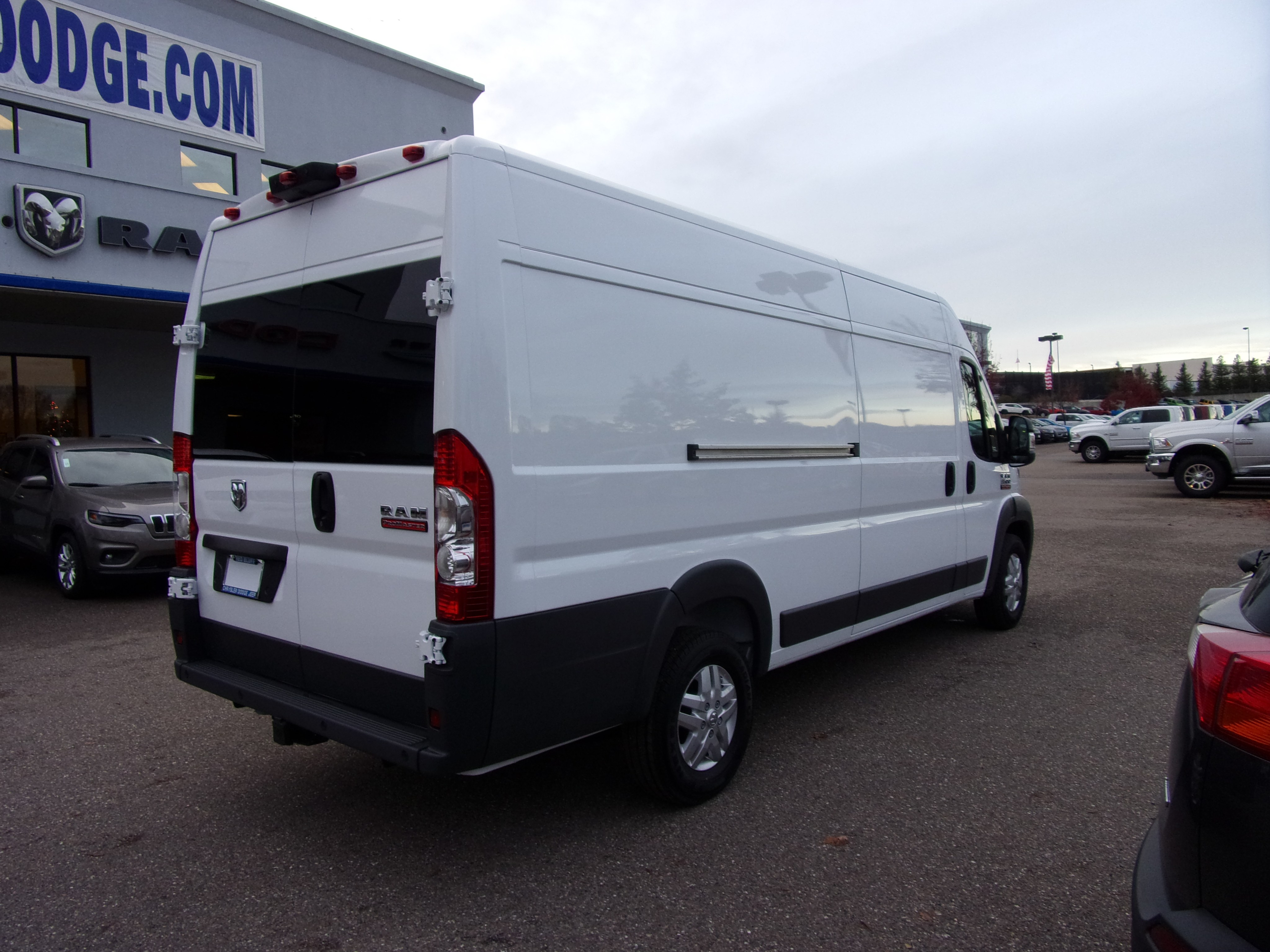 2018 ProMaster 3500 High Roof FWD,  Empty Cargo Van #16298 - photo 9