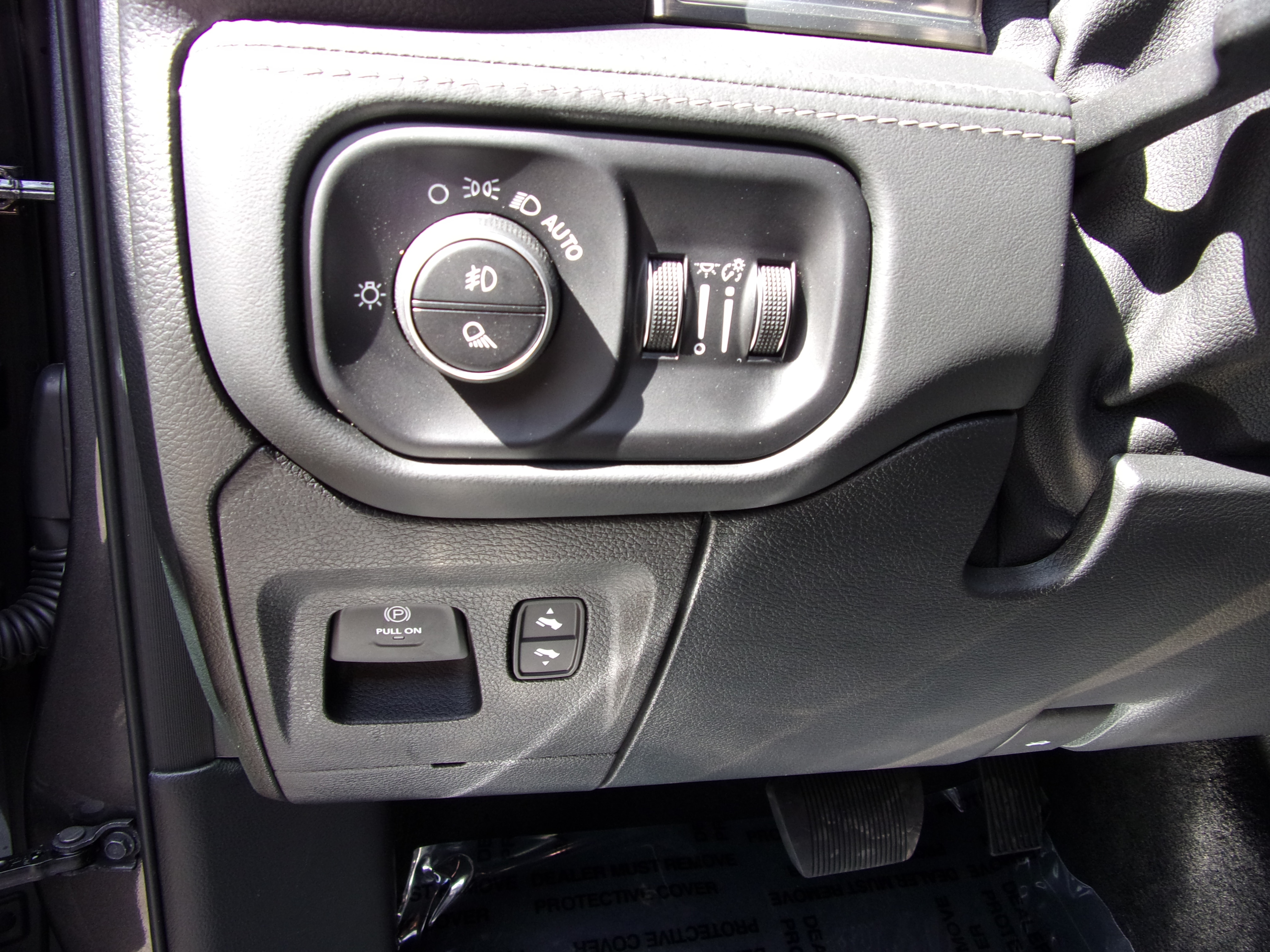 2019 Ram 1500 Crew Cab 4x4,  Pickup #16580 - photo 14