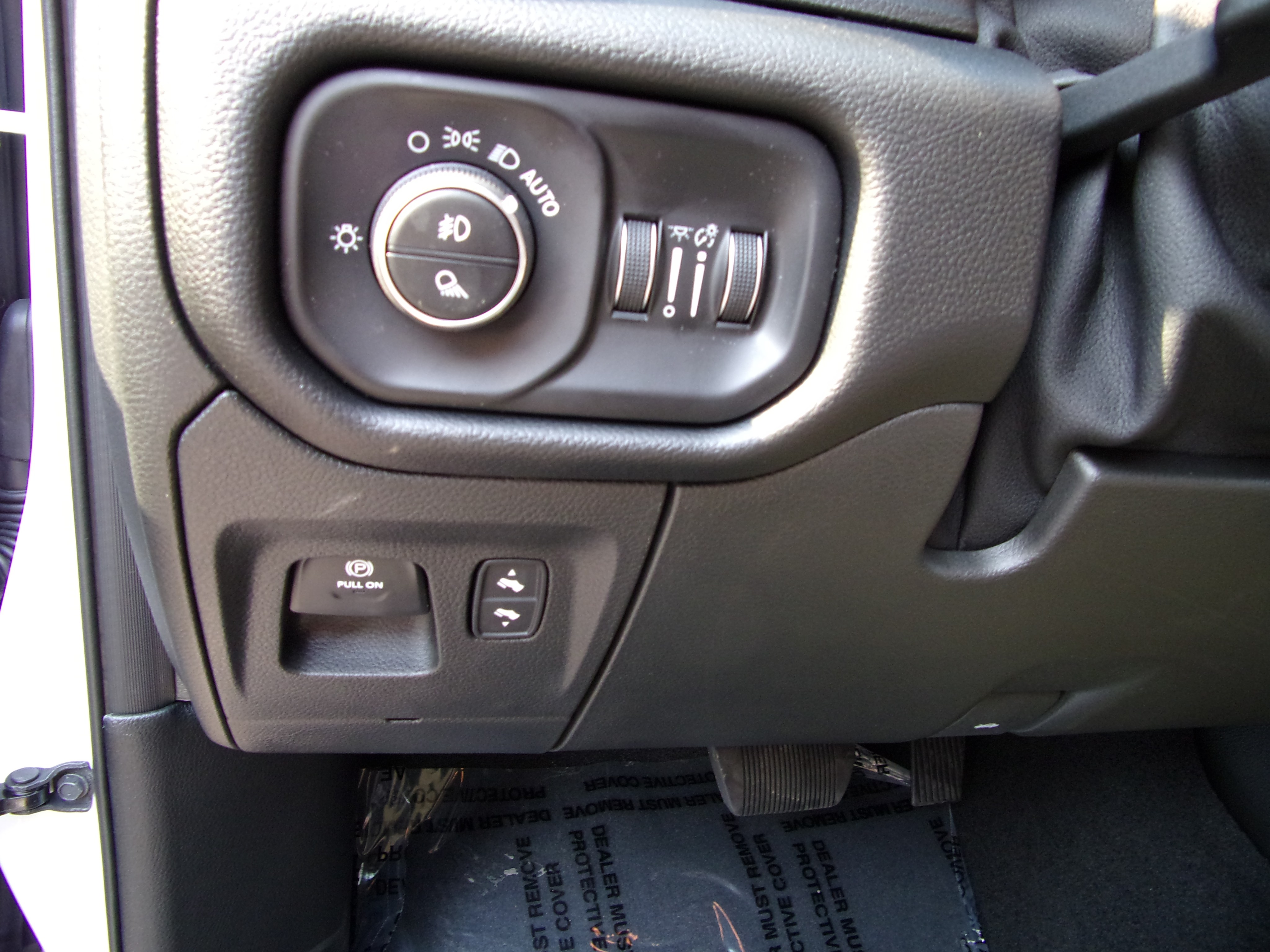 2019 Ram 1500 Crew Cab 4x4,  Pickup #16627 - photo 12