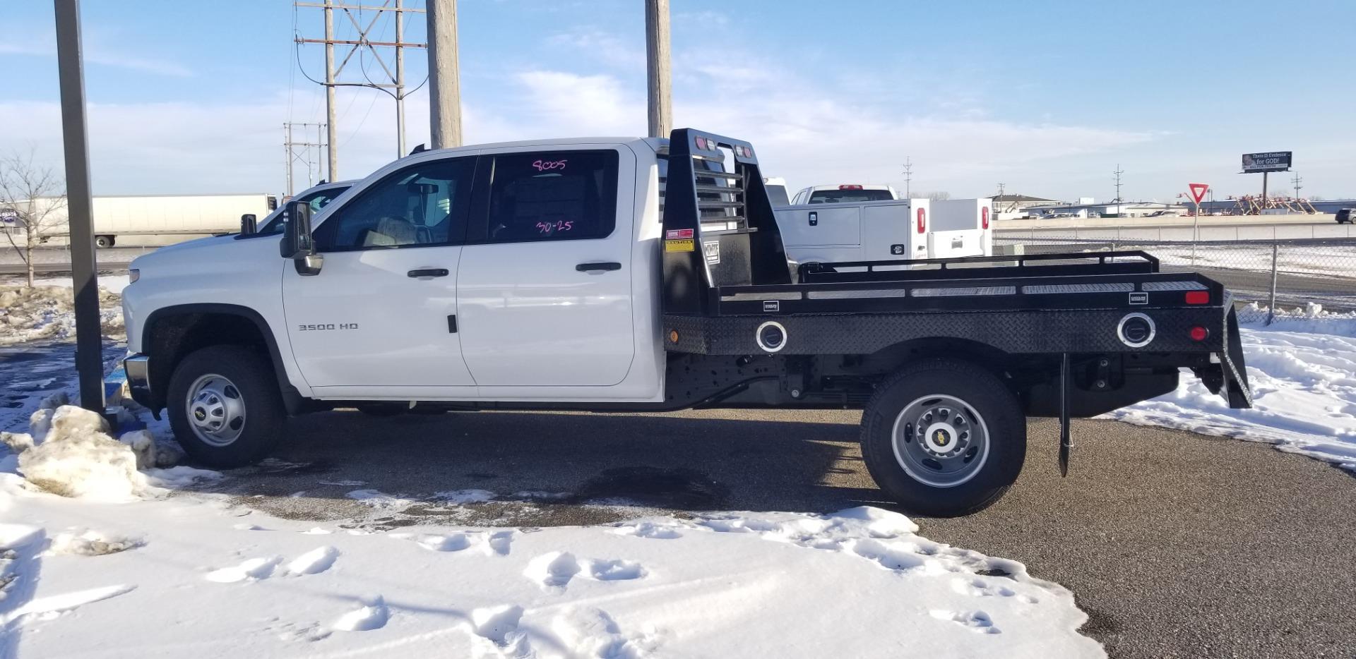 2020 Chevrolet Silverado 3500 Crew Cab DRW 4x4, Hillsboro Platform Body #LF308005 - photo 1