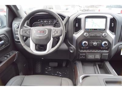 2020 GMC Sierra 1500 Crew Cab 4x4, Pickup #102908 - photo 5