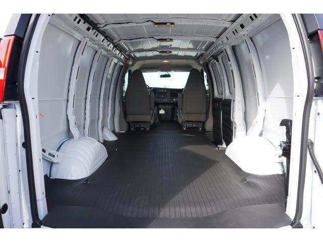 2020 Savana 2500 4x2, Empty Cargo Van #201066 - photo 2