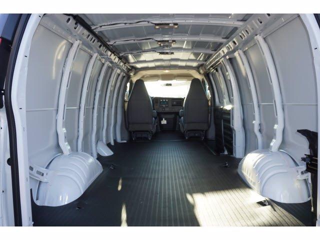 2020 Savana 3500 4x2, Empty Cargo Van #202282 - photo 2