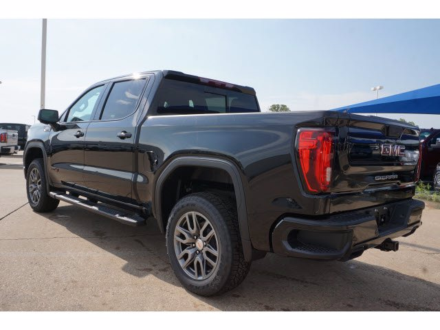 2020 GMC Sierra 1500 Crew Cab 4x4, Pickup #203898 - photo 2