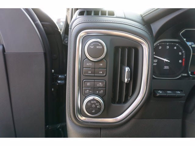 2020 GMC Sierra 1500 Crew Cab 4x4, Pickup #204246 - photo 15