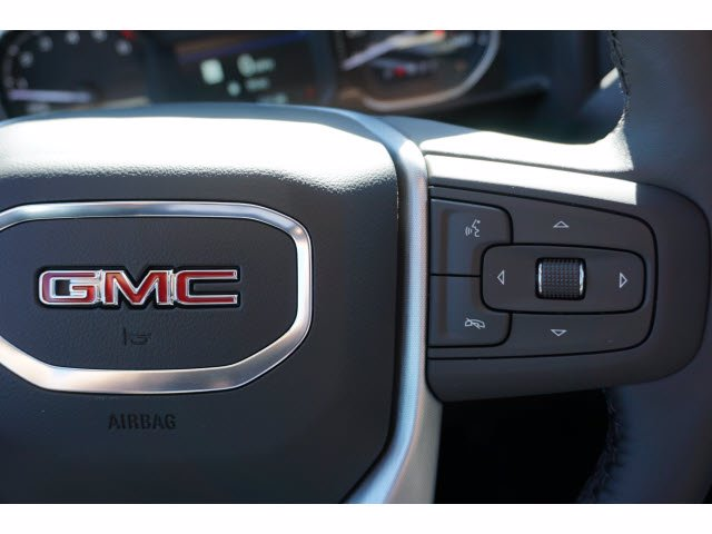 2021 GMC Sierra 1500 Crew Cab 4x4, Pickup #210684 - photo 16