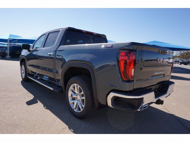 2021 GMC Sierra 1500 Crew Cab 4x4, Pickup #210684 - photo 2