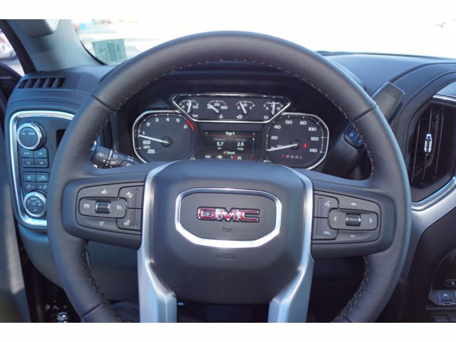 2021 GMC Sierra 1500 Crew Cab 4x4, Pickup #211061 - photo 13
