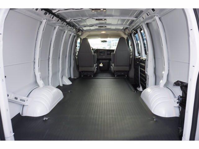 2021 GMC Savana 2500 4x2, Empty Cargo Van #211401 - photo 1