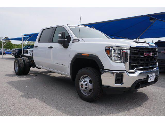 2021 GMC Sierra 3500 Crew Cab 4x2, Cab Chassis #212304 - photo 4