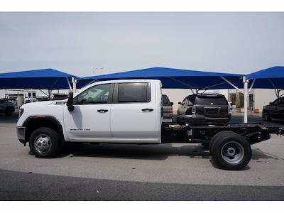 2021 GMC Sierra 3500 Crew Cab 4x2, Cab Chassis #212304 - photo 7