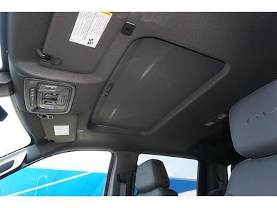 2021 GMC Sierra 1500 Crew Cab 4x4, Pickup #212432 - photo 7