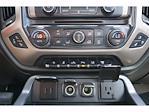 2017 GMC Sierra 3500 Crew Cab 4x4, Pickup #212474A1 - photo 10