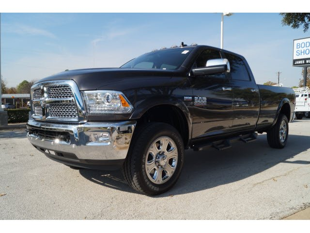 2017 Ram 3500 Crew Cab 4x4 Pickup #273893A1 - photo 5