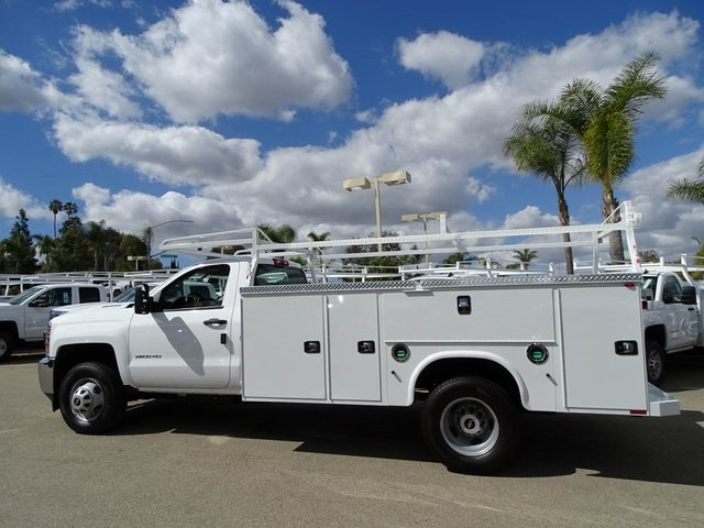 2017 Silverado 3500 Regular Cab DRW 4x2,  Knapheide Service Body #172427 - photo 3